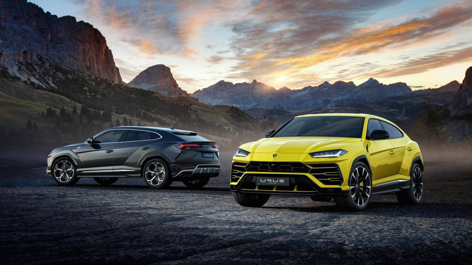 Lamborghini Urus Unveiled With Sportscar Performance
